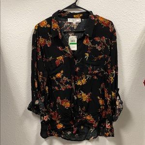 Hippie Rose floral button down top